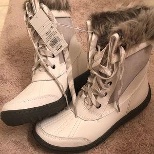Brand New White Winter Boots